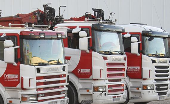 camiones grúas