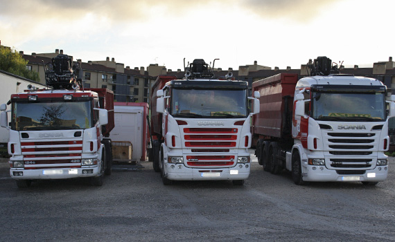 camiones portacontenedores